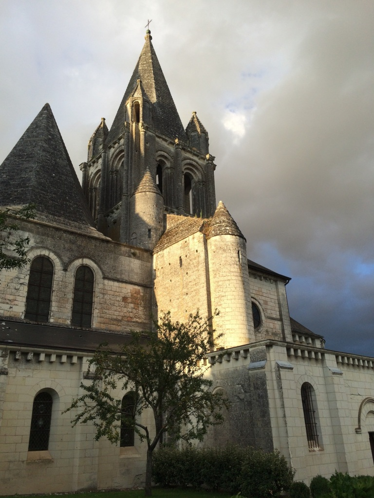 L'Église de Saint Ours, in the evening light. I can't stop taking photos of this church, I think it's just gorgeous.