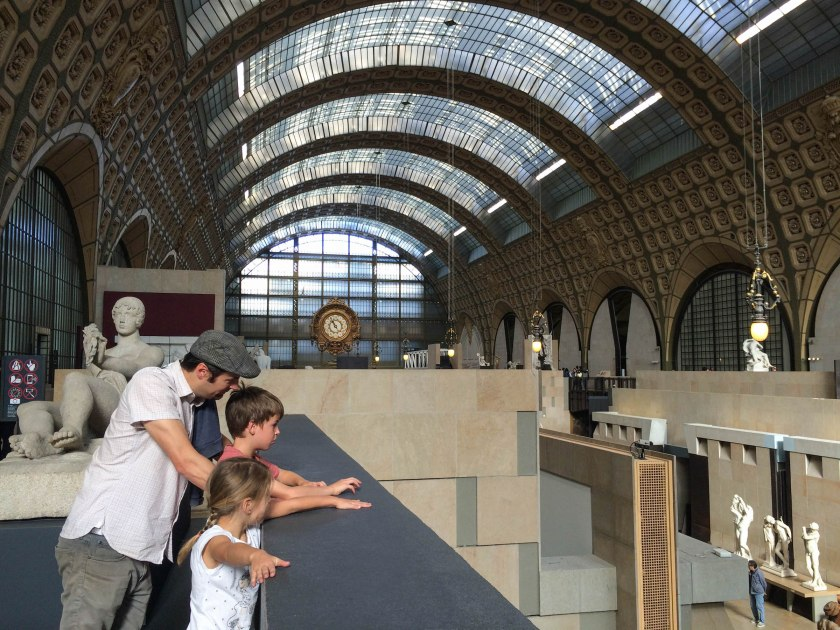 A little art lesson in the main hall of the Musée d'Orsay.