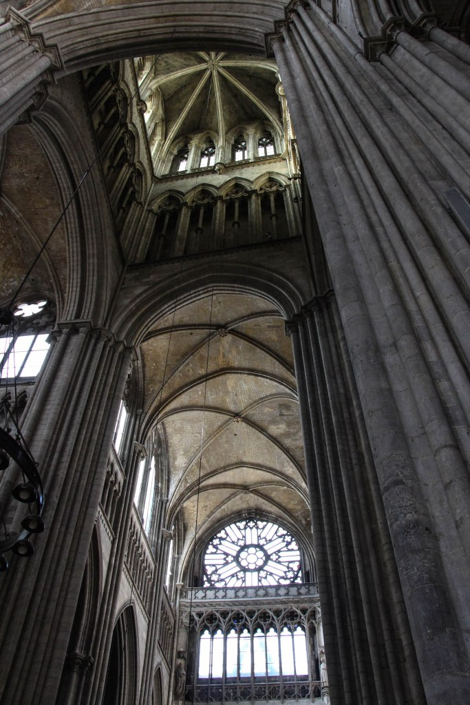Looking up into the top of the Cathédrale.