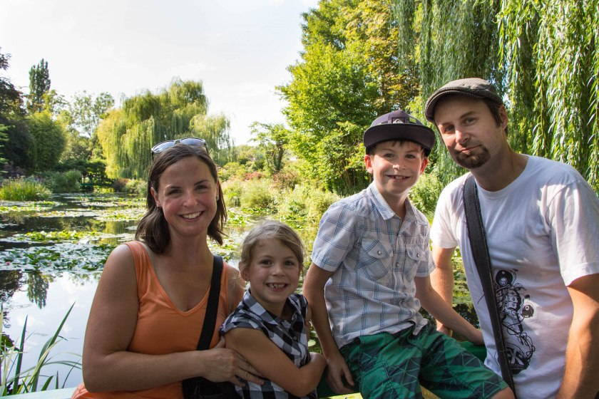 family pic at giverny