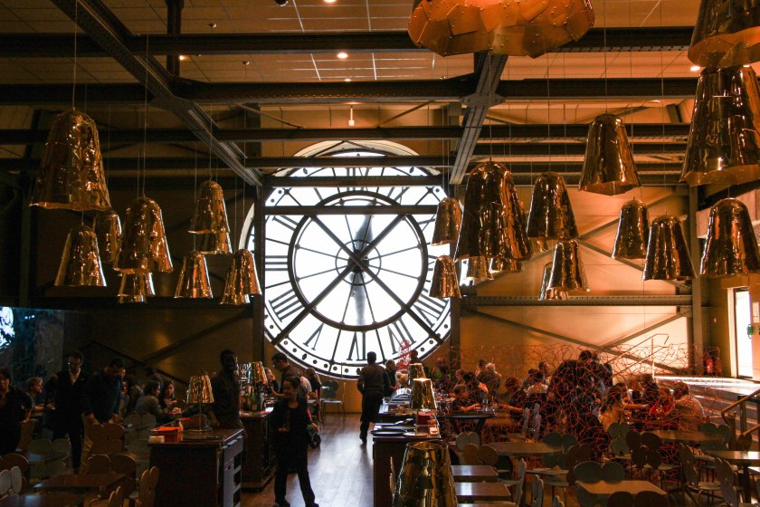 The other less-fancy restaurant in the d'Orsay was also pretty damn cool and artsy. Loved all the hanging copper pendant lights.