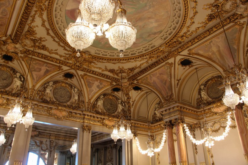 Amazing ceiling details.