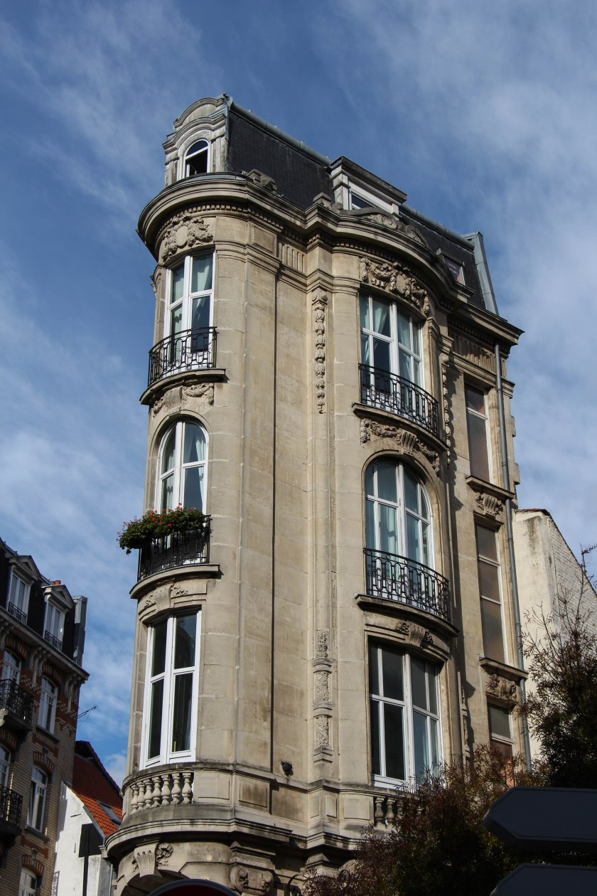 Narrow townhouse in Lille