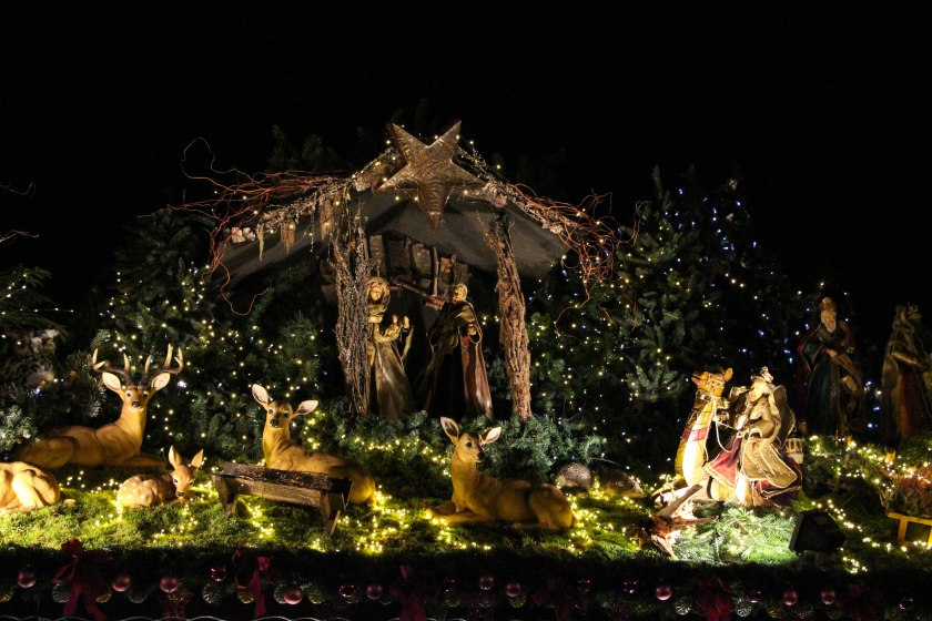 rooftop nativity