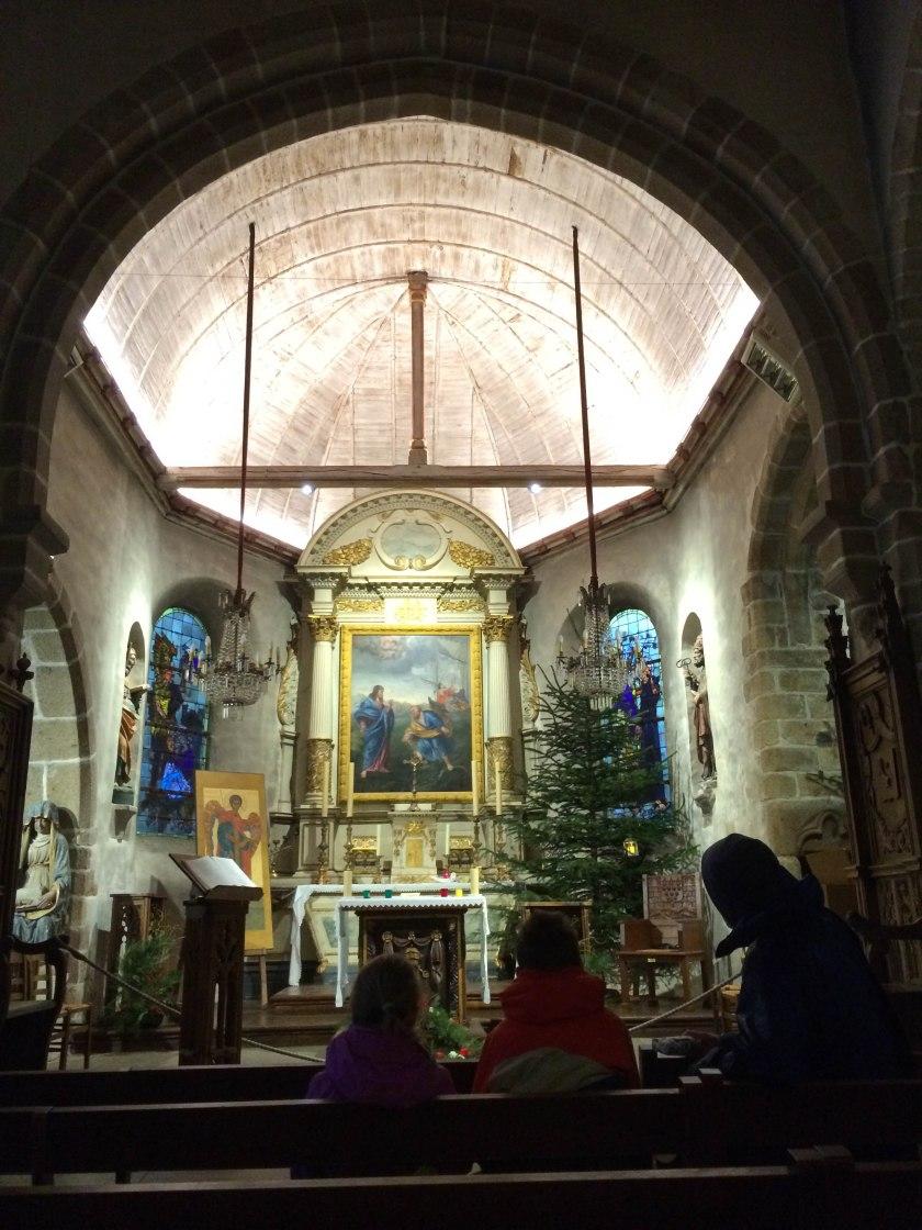 chapel, mont st m
