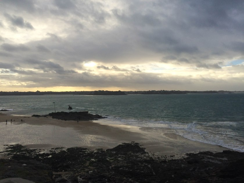 plage de mole, towards dinard