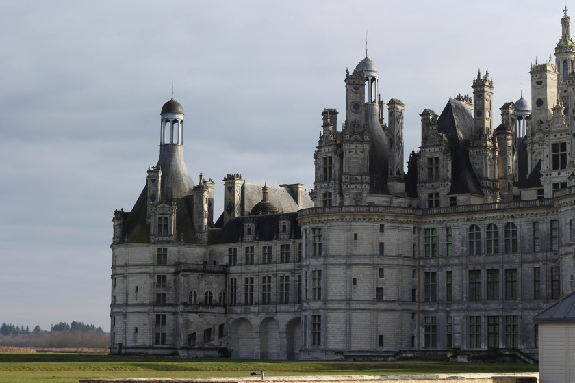 edge of the chateau chambord