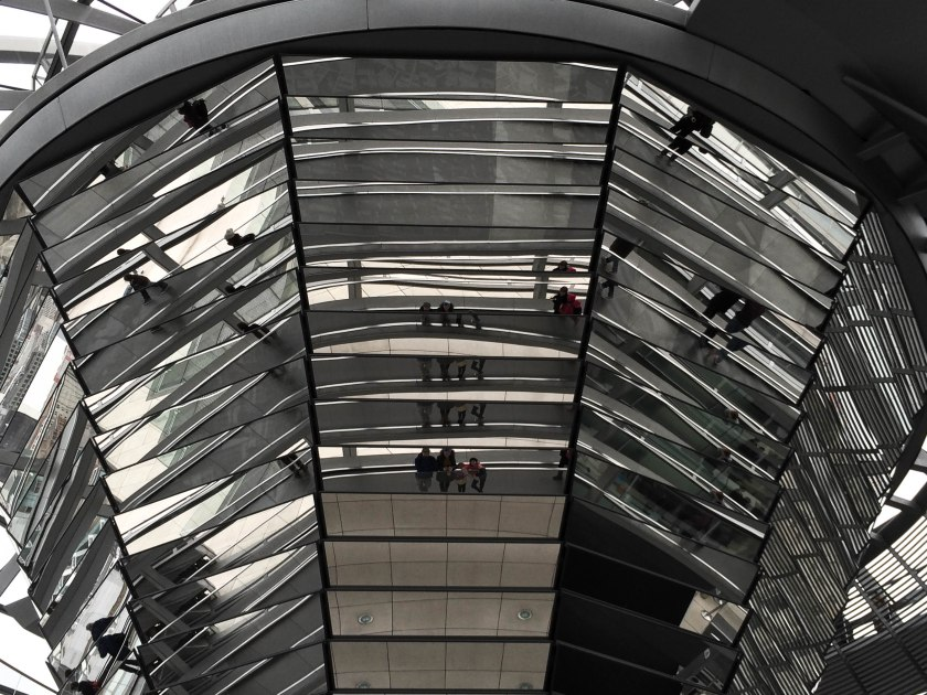 family selfie in reichstag