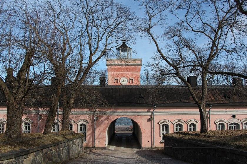 suomenlinna island building