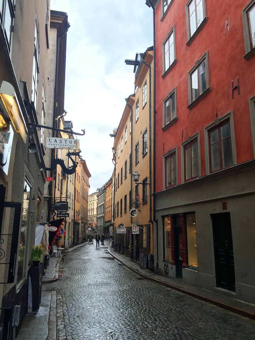 gamla red street