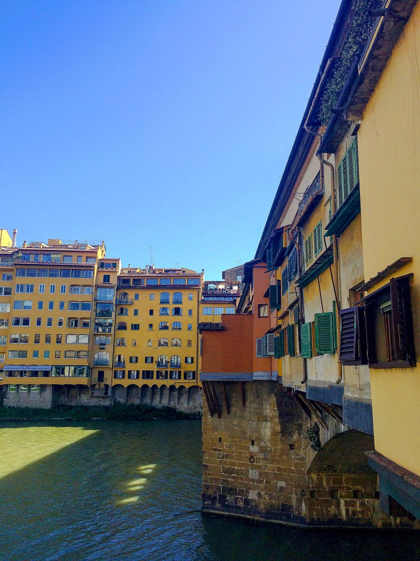 ponte vecchio from the side