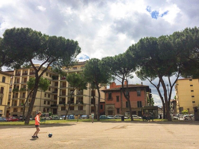 piazza della vittoria, football of course!