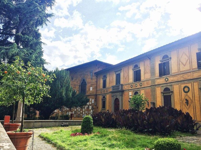 courtyard stibbert