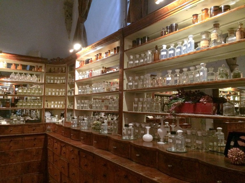 aqua flor perfume bottles