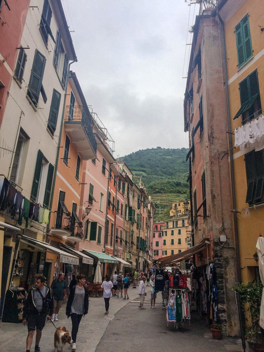 vernazza streets