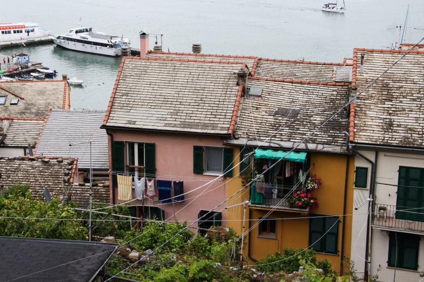 portovenere back alley rooftops