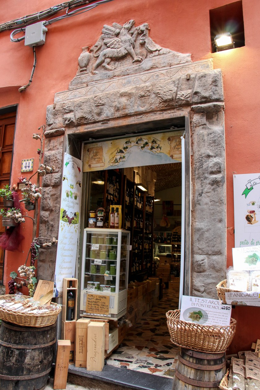 storefront with cinque terre map portovenere